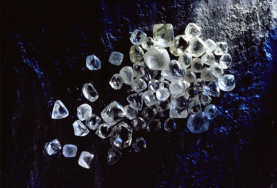 Finest selection of rough diamonds at Shimansky