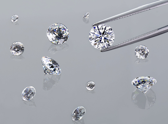 Selecting the perfect hearts and arrows diamond