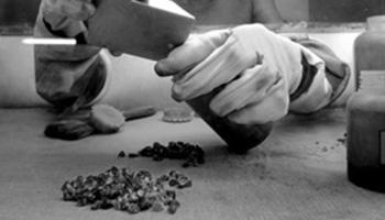 Cutting of Tanzanite - Initial Grading