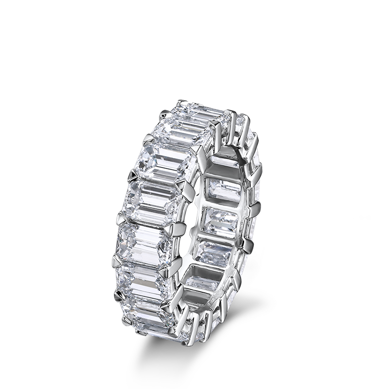 06-claw-set-emerald-cut-diamond-full-eternity-ring-01
