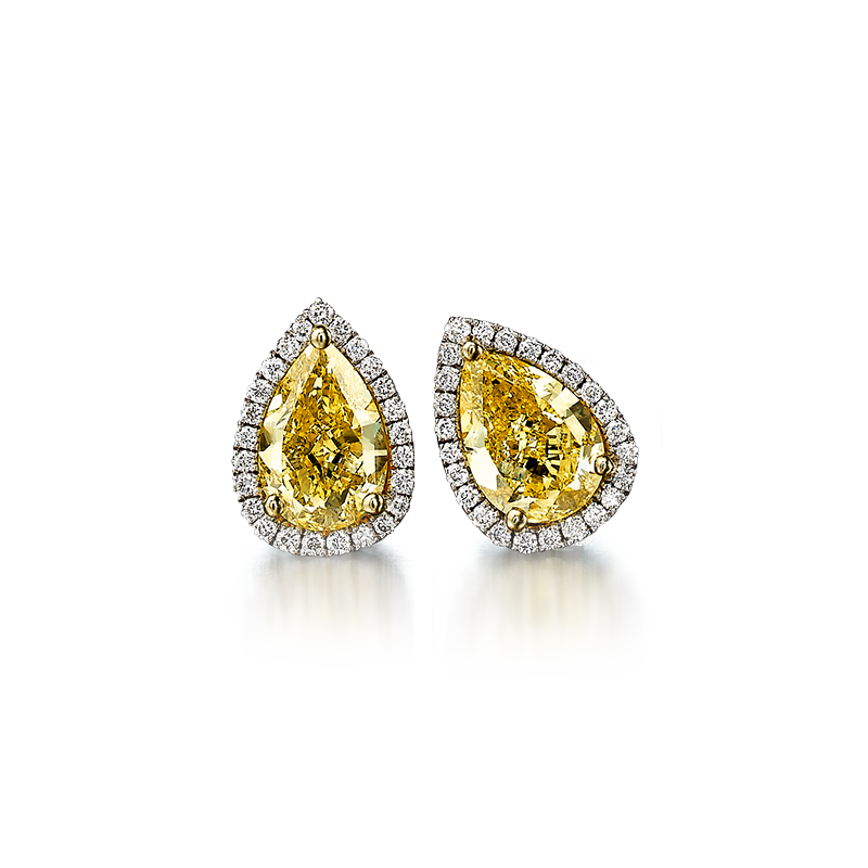 09-claw-set-pear-shape-fancy-yellow-diamond-micro-set-halo-earrings