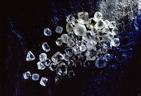Finest selection of rough diamonds at Shimansky