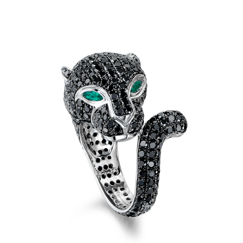 08-black-diamond-and-emerald-panther-ring-02