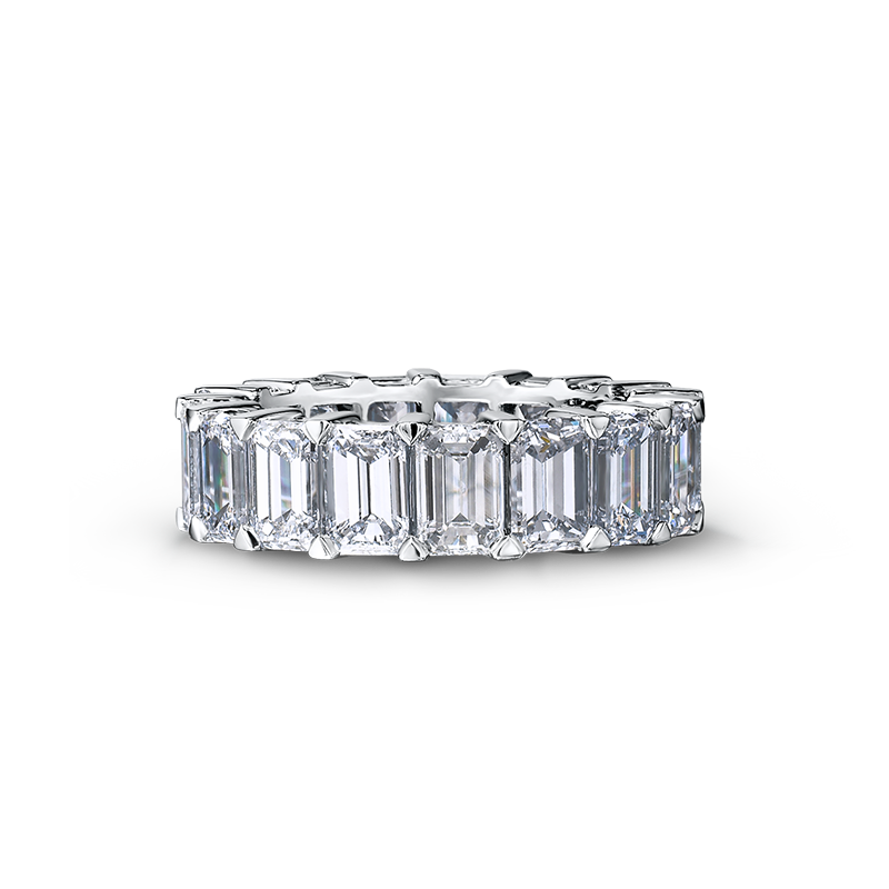 06-claw-set-emerald-cut-diamond-full-eternity-ring-02